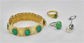Four Chinese Jewelry Items