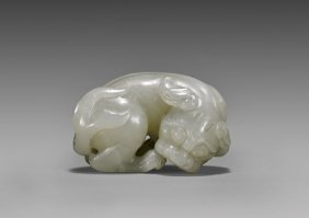 Fine Celadon Jade Lion Toggle