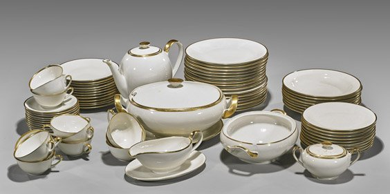 Set of 75 Bavarian Ivory & Gilt Porcelain Dinnerset