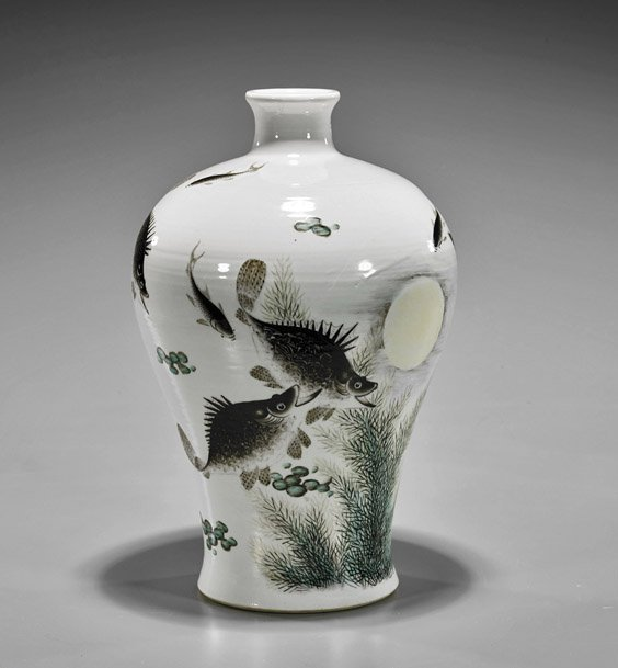 Chinese Enameled Porcelain Meiping