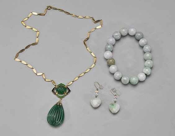 Four Jewelry Items: Jadeite & Chrysoprase