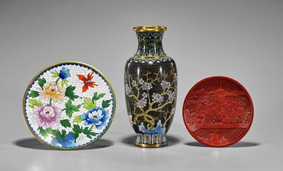 Three Chinese Items: Vase & Plates