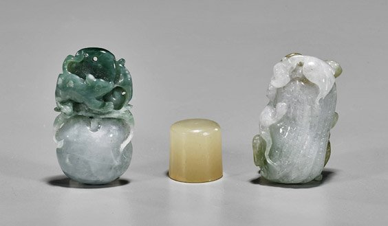 Three Small Chinese Carvings: Pendants & Seal - 2