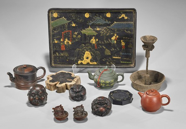 Twelve Assorted Chinese Tabletop Items