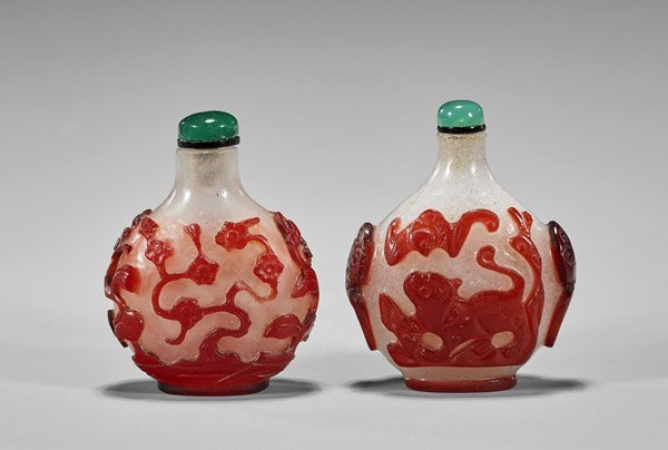 TWO ANTIQUE RED OVERLAY GLASS SNUFF BOTTLES - 2
