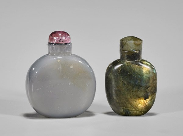 Two Carved Snuff Bottles: Labradorite & Cameo Agate - 2
