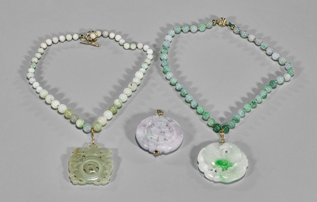 Three Jadeite & Gold Jewelry Pieces