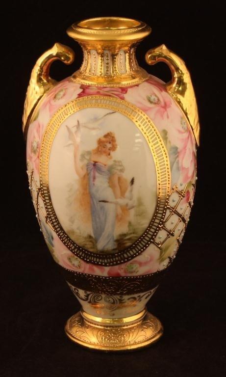 NIPPON Heavy Gold Portait Vase