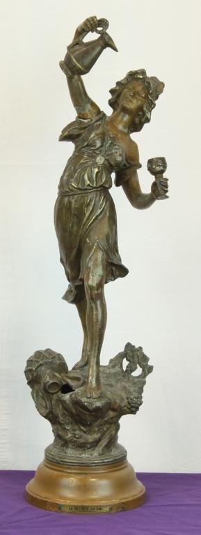 12: La Recolte Du Vin Sculpture