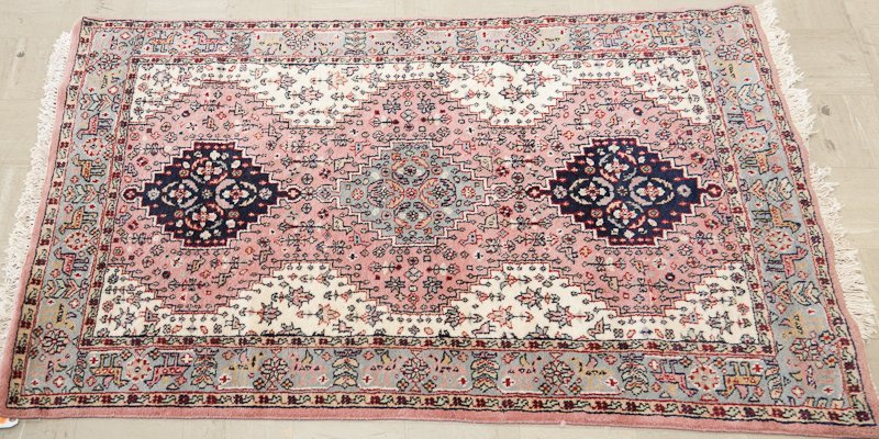 Pakistan Shiraz Rug