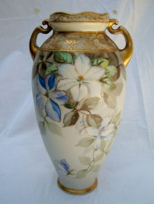 """Nippon 10 1/2"""" with beautiful blue lowers covering"""