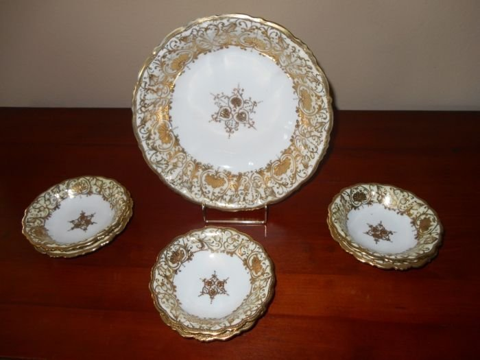 Large Gold and White Bowels, and Berry Bowls