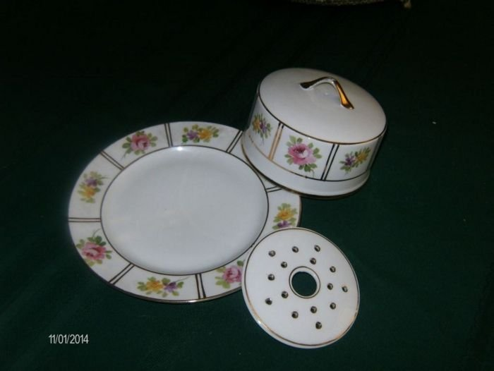 Three-piece butter dish