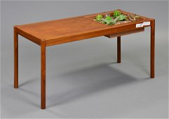 Mid Century Modern Coffee Table / Planter
