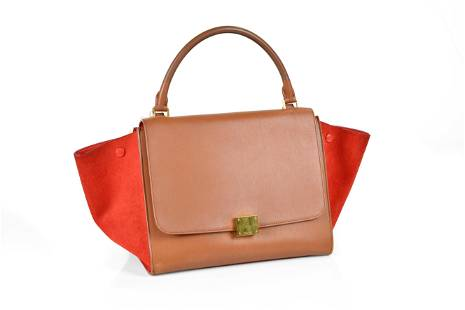 Celine Trapeze MM in Tan Leather Smooth Leather