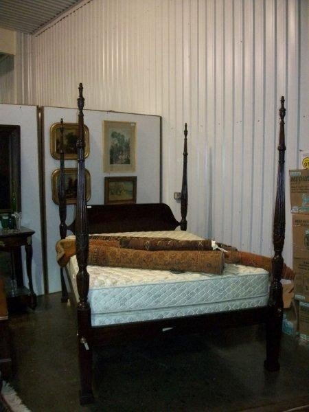 15: Good Quality Mahogany Georgian Style Poster Bed