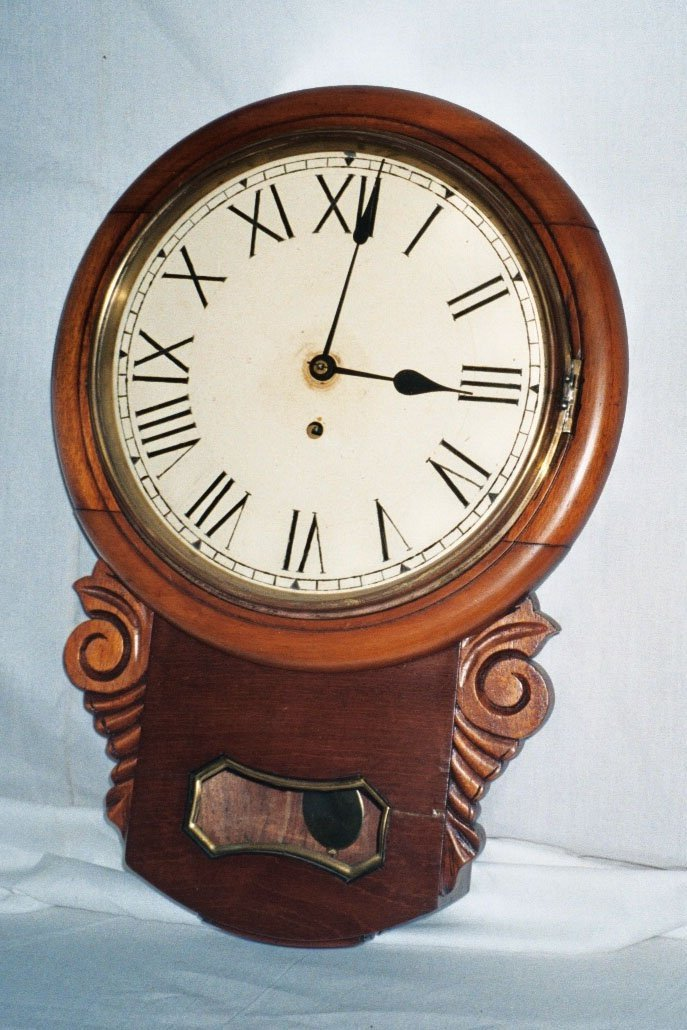 13: English Short Drop Clock
