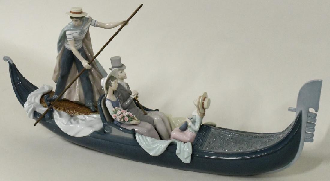 "Lladro ""In The Gondola"" Figurine #1350"
