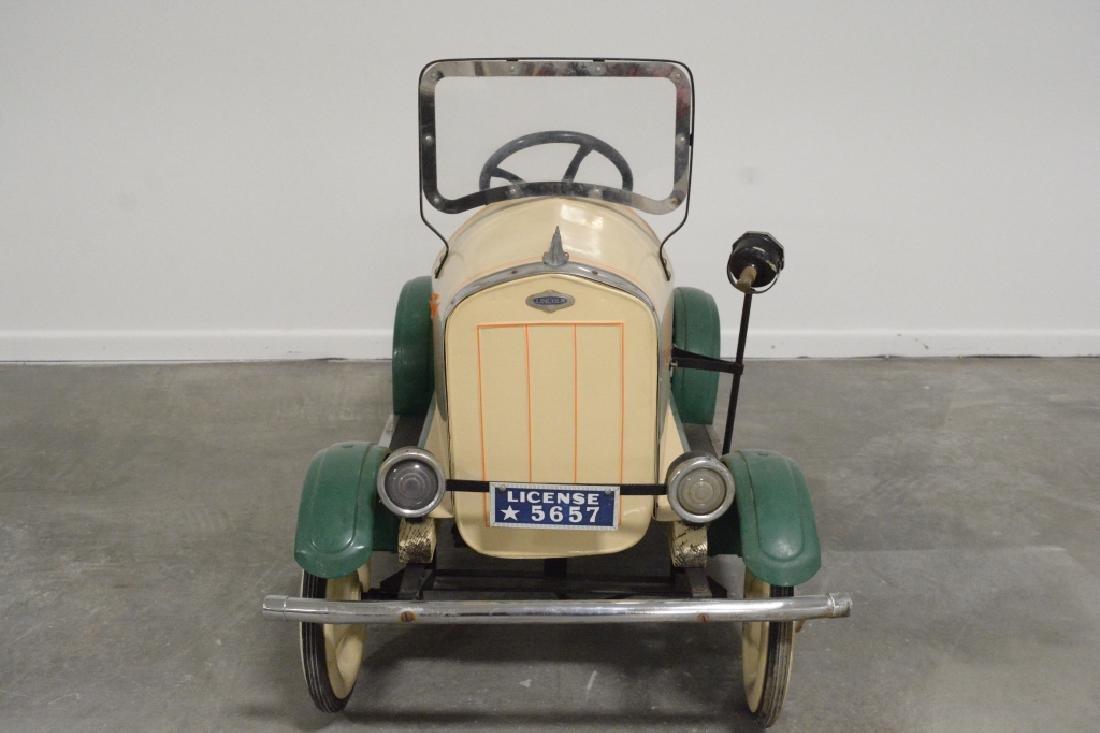 Vintage Gendron(?) Lincoln Pedal Car - 2