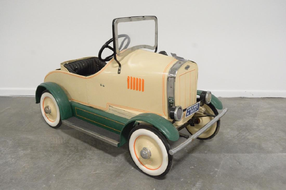 Vintage Gendron(?) Lincoln Pedal Car - 3