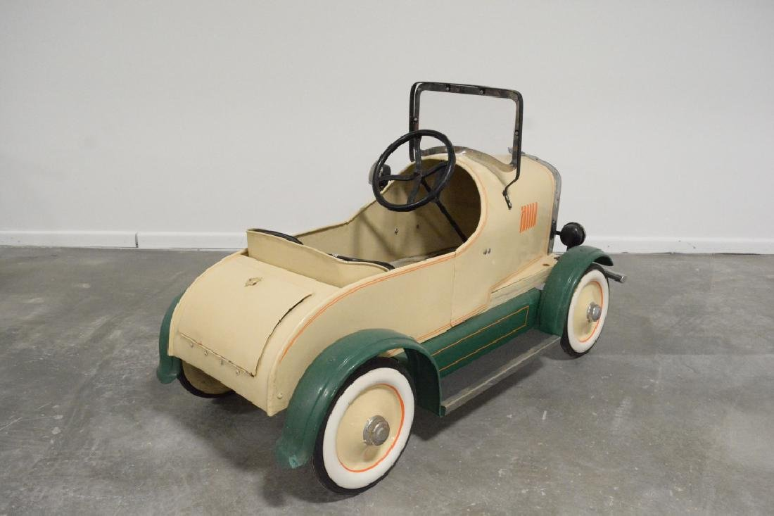 Vintage Gendron(?) Lincoln Pedal Car - 4