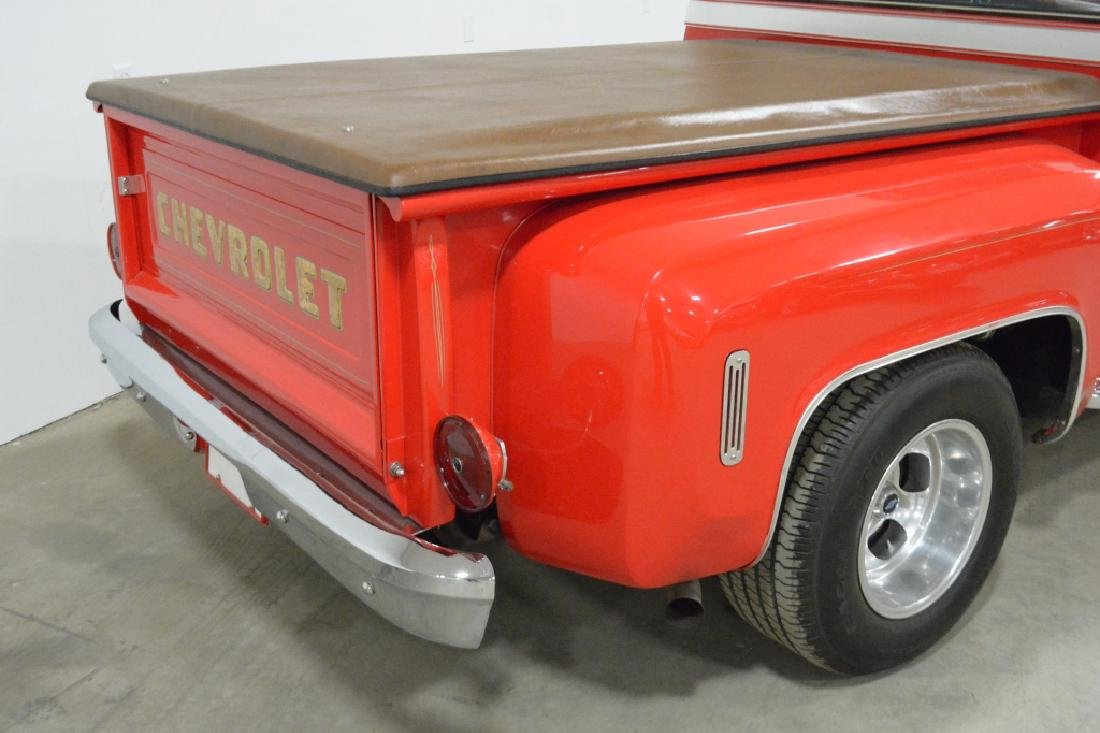 1974 Chevrolet C-10 Stepside Pick-up Truck - 7