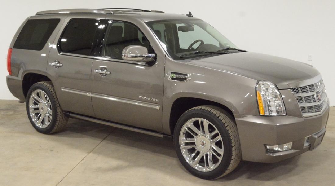 2011 Cadillac Hybrid Escalade Platinum SUV