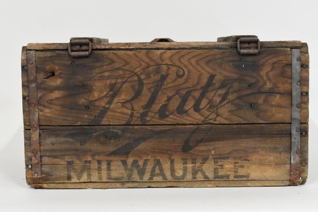 Blatz Beer Advertising Crate - 5