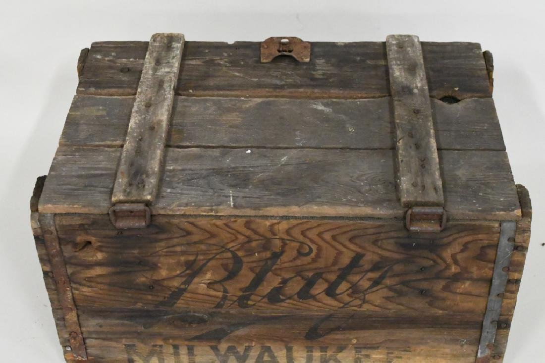 Blatz Beer Advertising Crate - 6