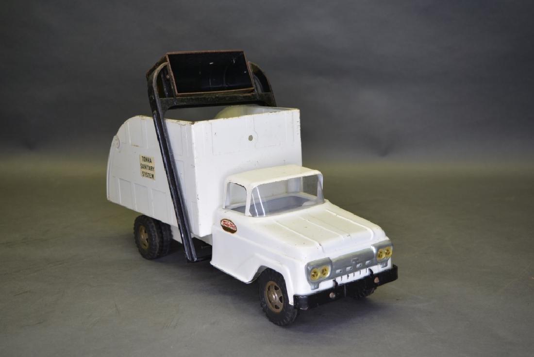 Original Tonka Refuse Truck - 2