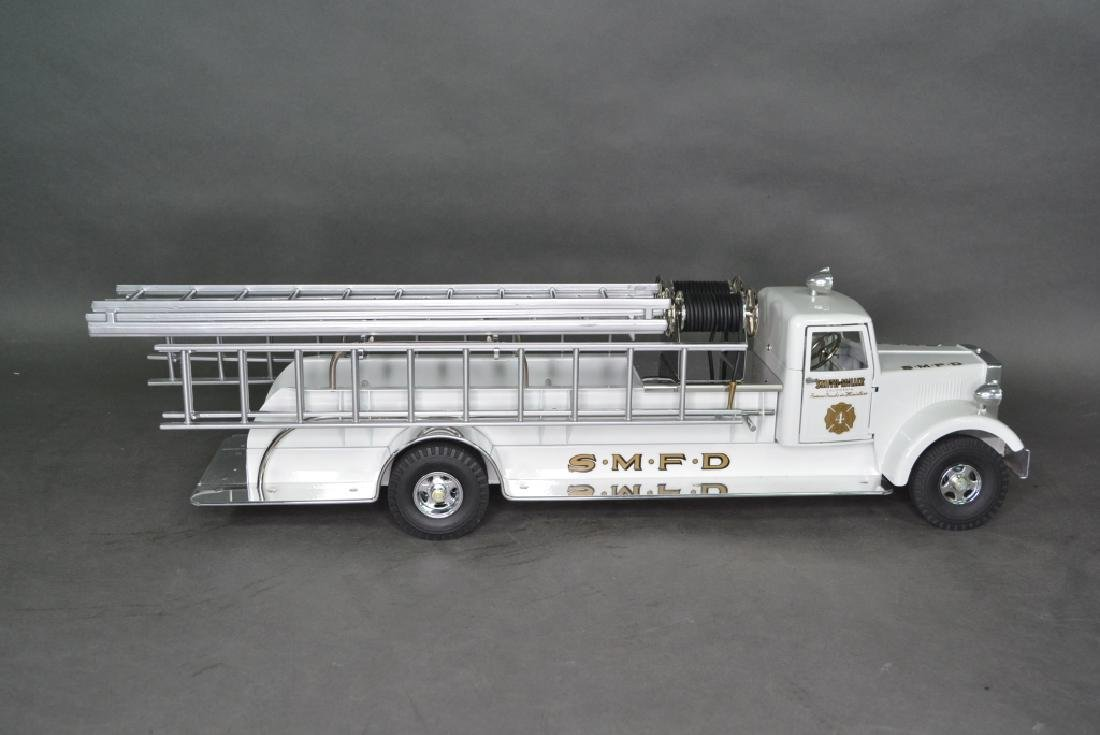 Original Fred Thompson Smith Miller Hose Truck - 5