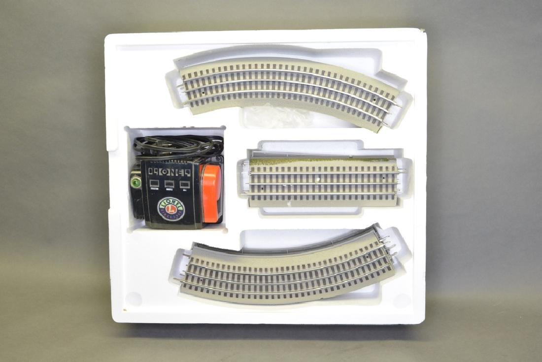 O-Gauge Lionel Train Set 6-30018 - 5