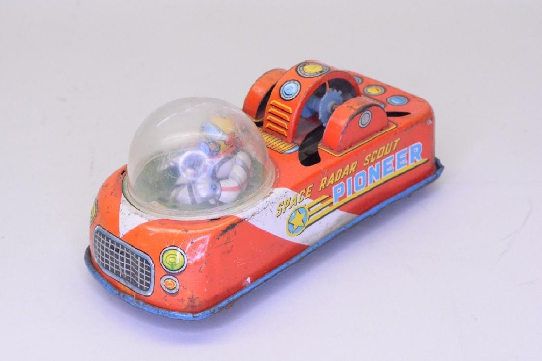 Lot Of Two Tin Litho Toys - 2