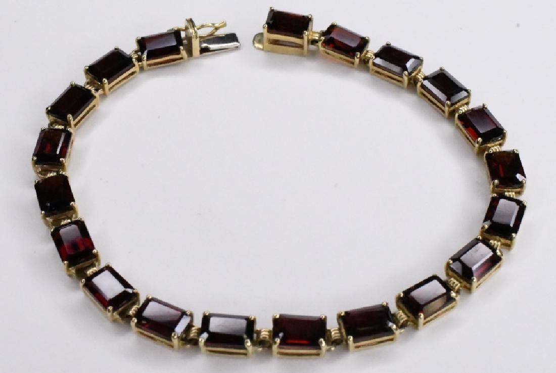 Ladies 14K Yellow Gold Garnet Bracelet