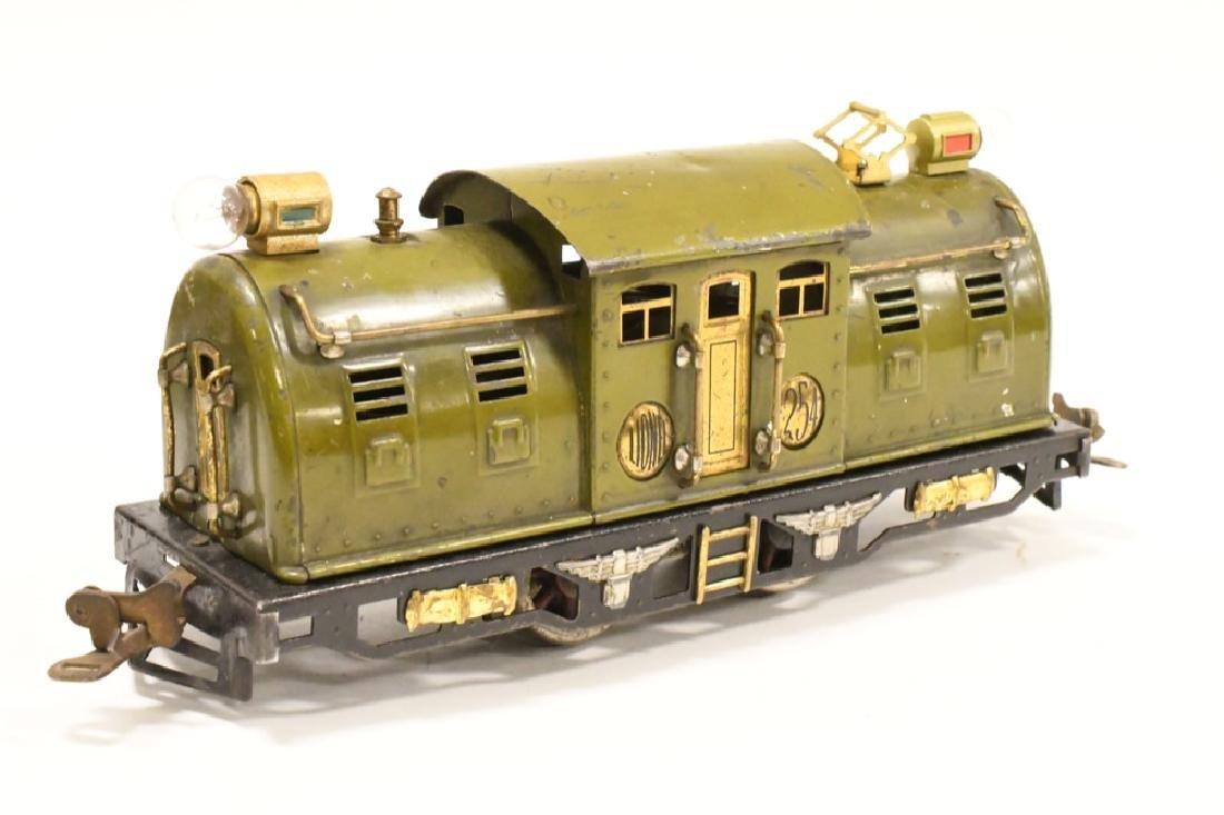 Pre War Lionel 254 Locomotive With Pullman Cars - 2