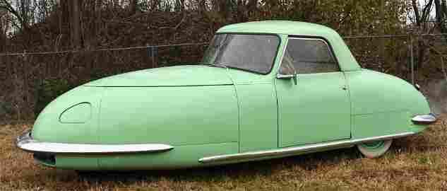 """1948 Davis Divan """"1 of 17 Prototype Ever Made"""""""