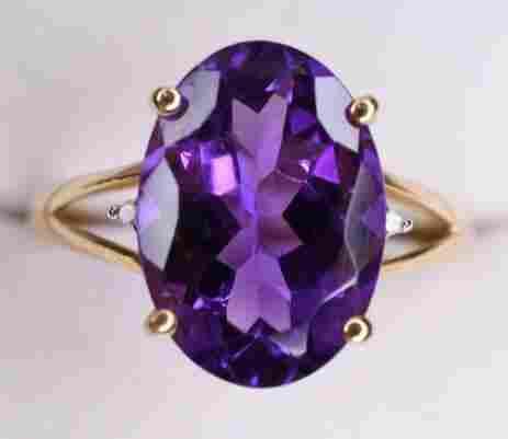 Ladies 14K Yellow Gold Amethyst & Diamond Ring