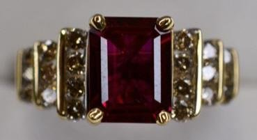 Ladies 14K Yellow Gold Ruby & Diamond Ring