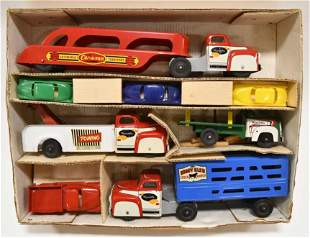 Scarce Wyandotte Toys No. 3542 Boxed Set