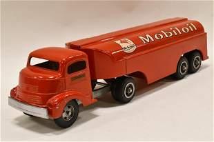 Smith Miller GMC Truck w/ Mobiloil Tanker Trailer