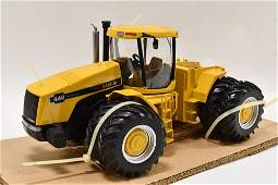 1/16 Precision Eng. Case IH 440 Industrial Tractor