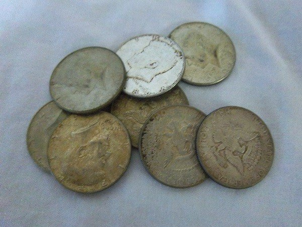 12: $4 FV 40% Kennedy Half Dollars