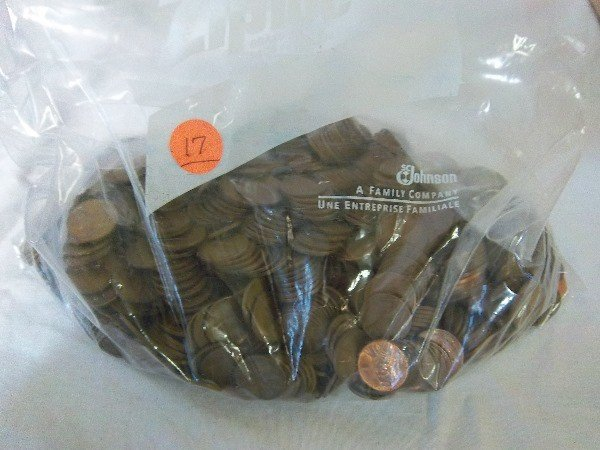 17: Large Bag of Lincoln Wheat Cents