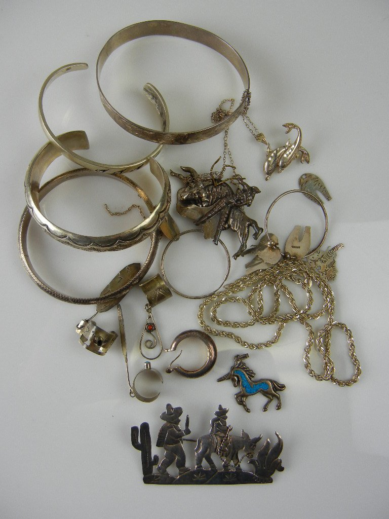 1000: Sterling Silver Jewelry Lot, 4.12oz