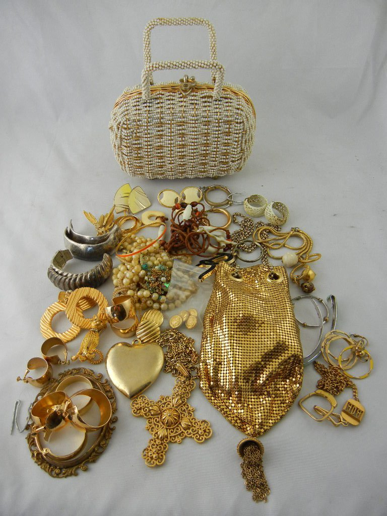 1002B: Costume Jewelry Lot w/ 2 Purses (Whiting and Dav