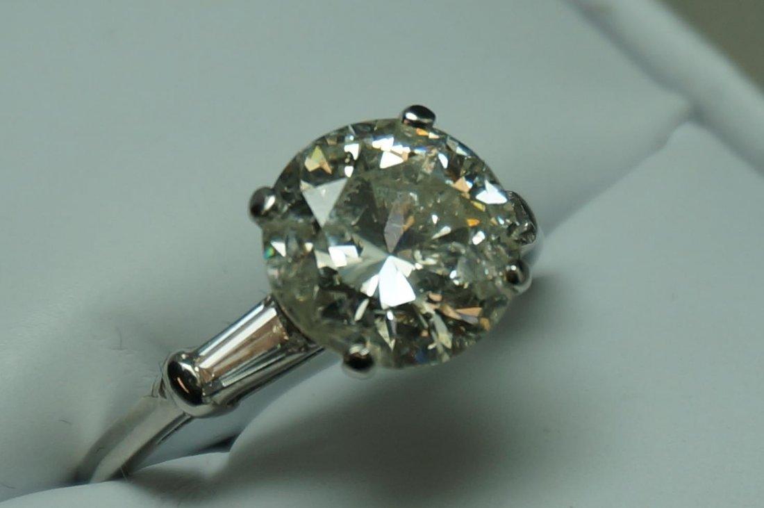 3.7 Carat Round Diamond Ring, Platinum, (4.10 Carat TW)