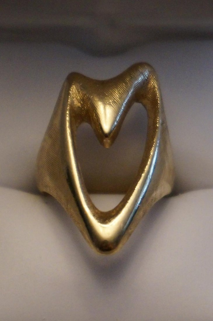 14K Yellow Gold Abstract Ring  Size 7  11.9 Grams