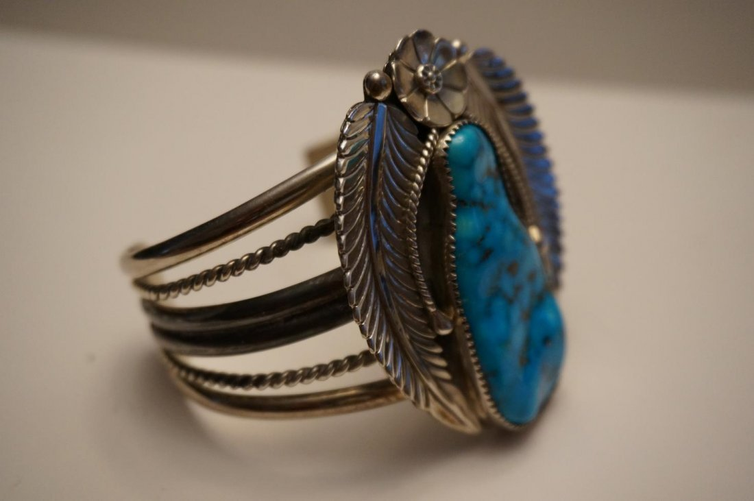 Vintage Navajo Sterling Silver & Turquoise Cuff