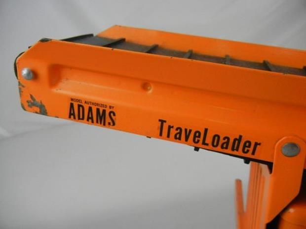 """Vintage Nylint Adams Traveloader 30-1/2"""" Long - 4"""