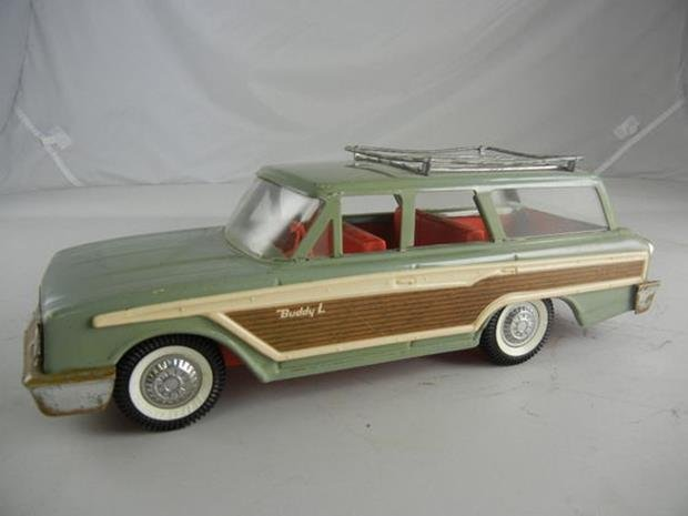 "Vintage Buddy L Station Wagon 14-1/2"" Long"